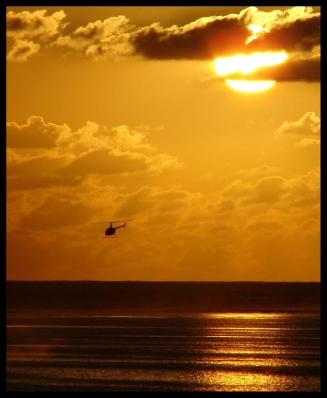 Coucher de soleil sur l'ocean Indie
