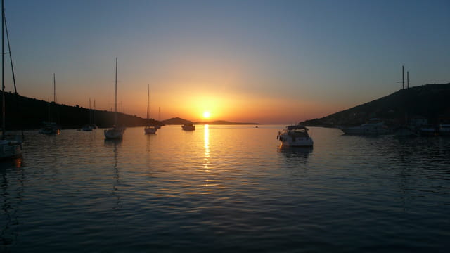 Coucher de soleil sur la mer par vitto decroix sur l 39 internaute - Coucher de soleil en mer ...