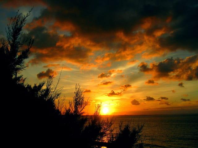 Coucher de soleil sur la mer par claude renouf sur l - Fond ecran coucher de soleil sur la mer ...