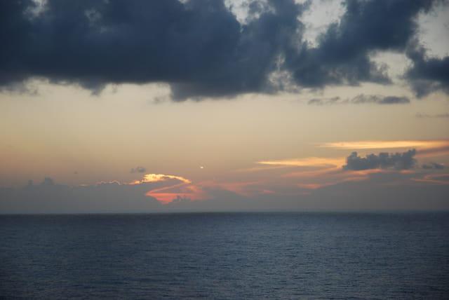 coucher de soleil sur la mer Caraïbe