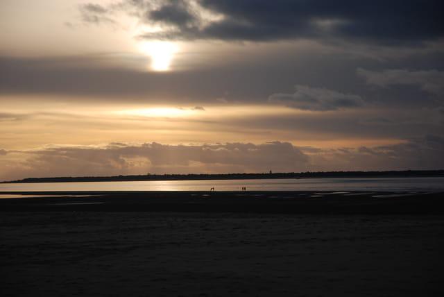 coucher de soleil sur la plage Péreire