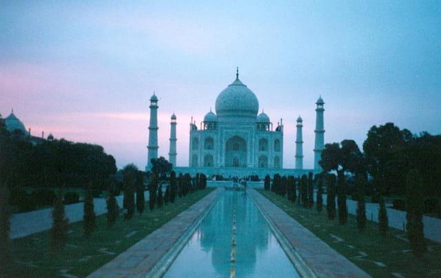 Coucher de soleil sur le Taj Mahal