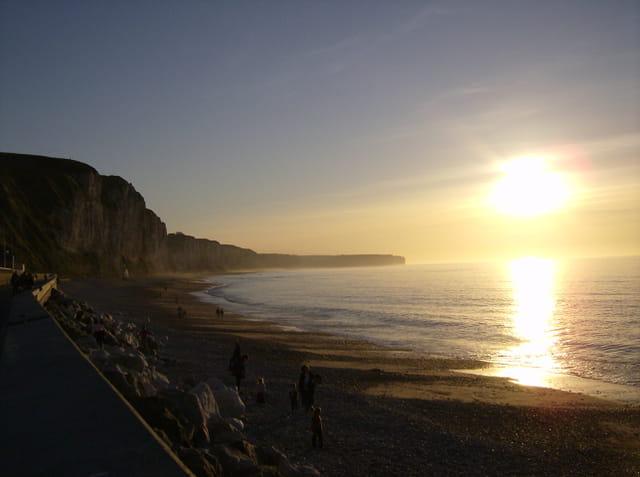 Coucher de soleil sur la falaise