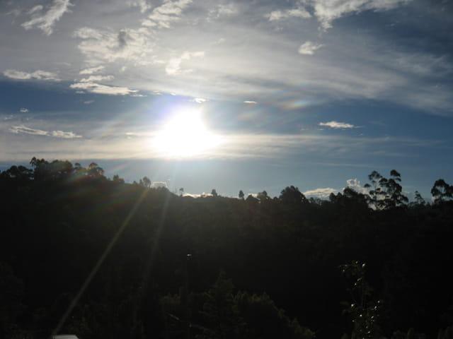 Coucher du Soleil dans les Montagnes
