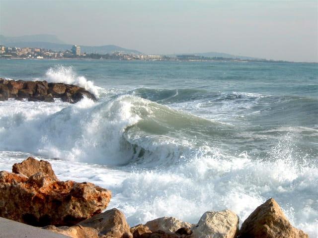 Coup de mer sur cagnes