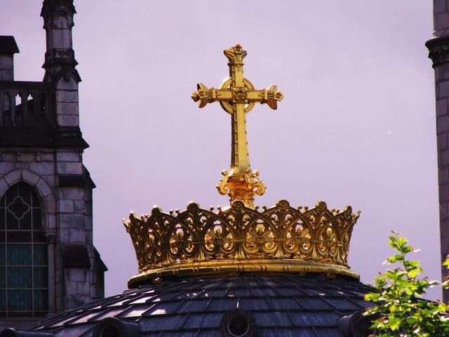 Coupole de la basilique N.D. de LOURDES