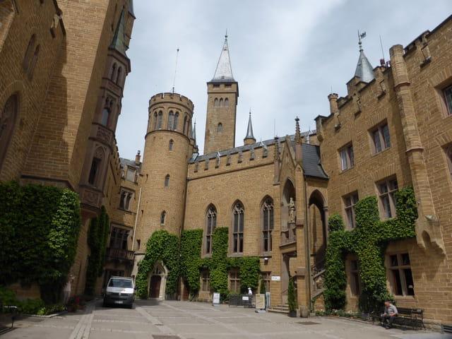 Cour du château des Hohenzollern