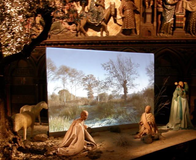 Crèche de Noël à Notre-Dame de Paris (3)