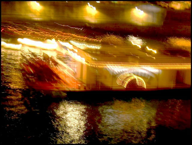 Croisère de nuit en bateau-mouche