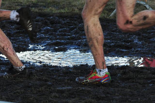 Cross cup Dour : courir dans la boue