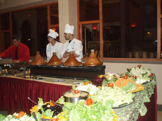 Cuisine nationale et internationale l 39 h tel tafilalet a for L internaute cuisiner