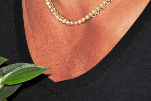 D'or et de perles parée