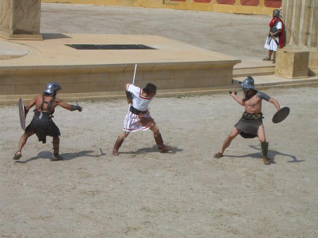Damien contre les gladiateurs!