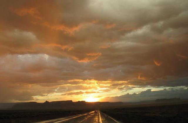 Dans le ciel  de Monument Valley