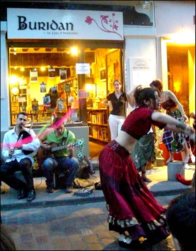 Danser sous le signe de Buridan