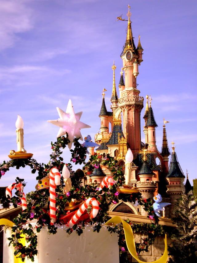 Disneyland Paris à l'heure de Noël