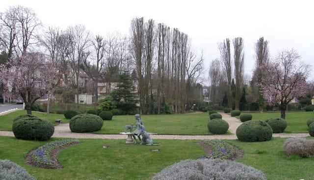 Domaine de Grandchamp, au Pecq
