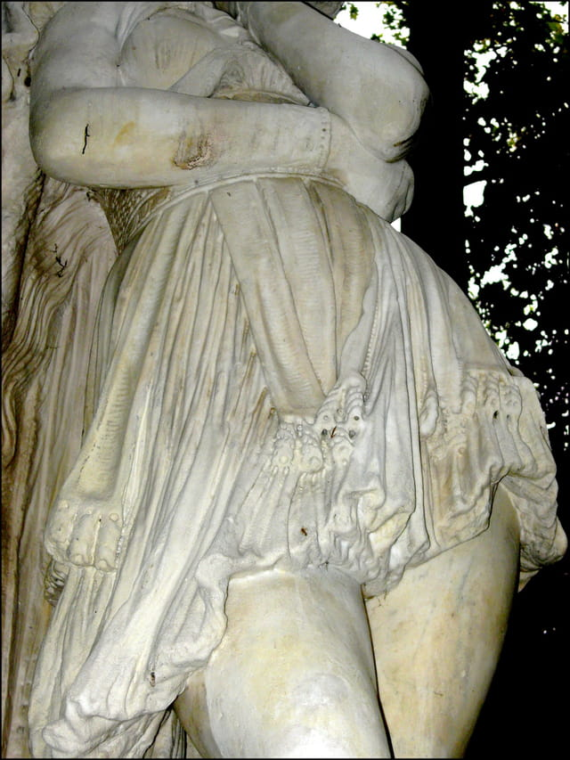 Drapé de marbre (détail)