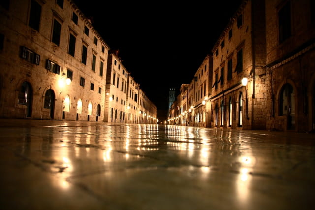 Dubrovnik la nuit