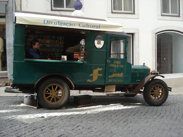 Ecoutez le Fado dans les rues de Lisbonne !