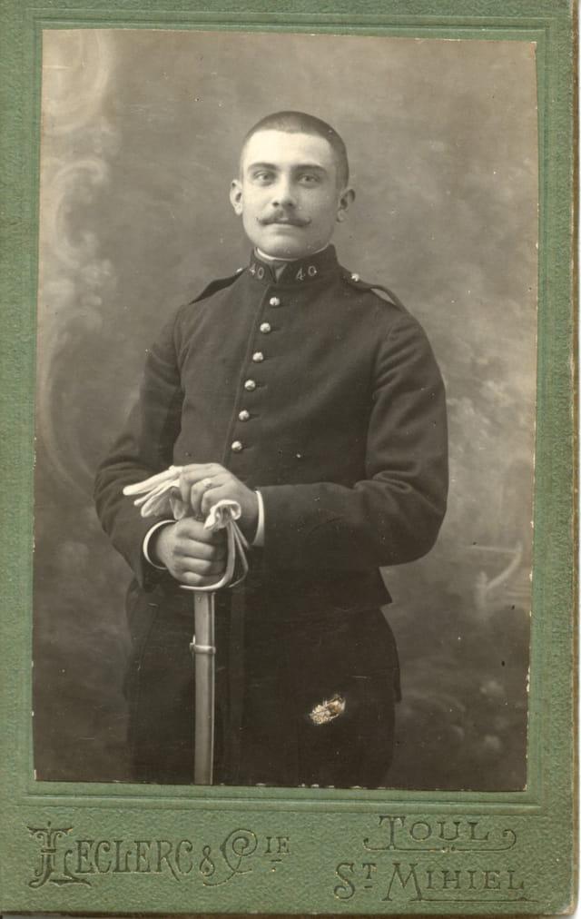 Edmond militaire 1886