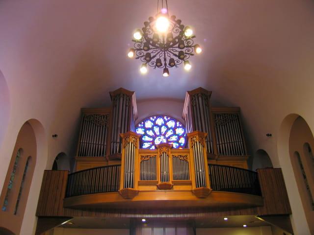 Eglise de Saint-Estève (16 Les Orgues)