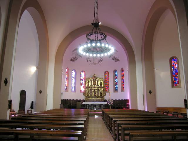 Eglise de Saint-Estève (6) La Nef