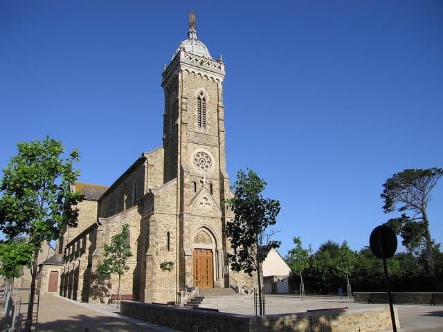 Eglise de Saint-Lunaire (2)