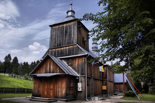 Eglise en bois Ustjanowa