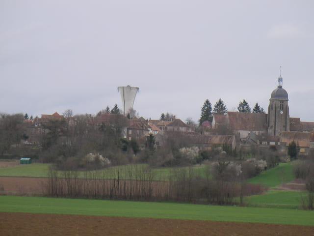 Eglise et château d'eau