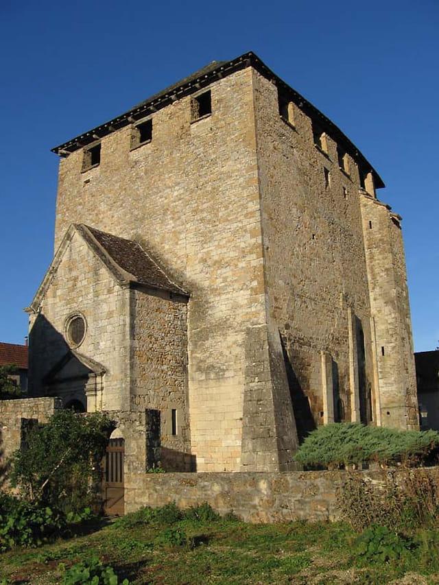 �glise fortifiée Saint Pierre Toirac