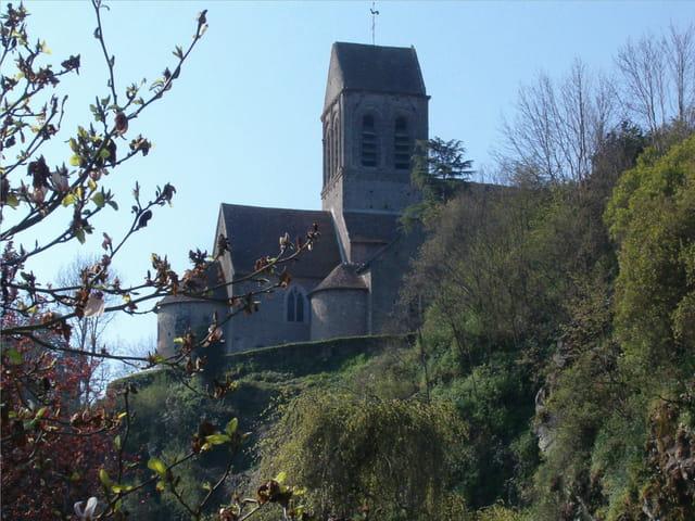 Eglise romane de st.céneri le gérei