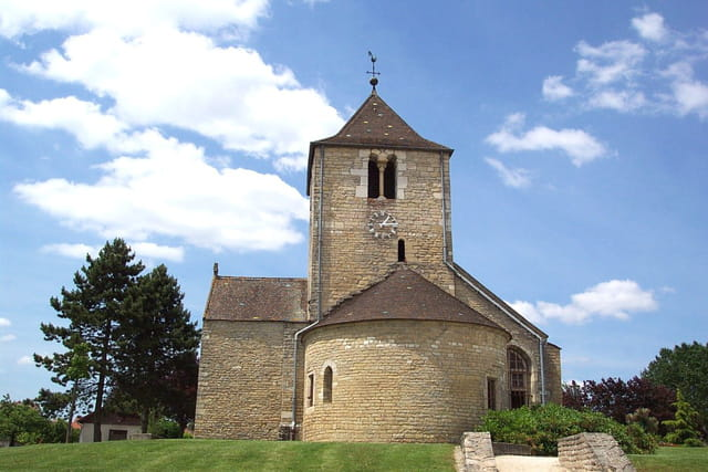 Eglise romane ste trinité