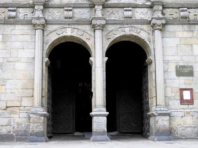 Eglise Saint Malo (3) Porte d'entée