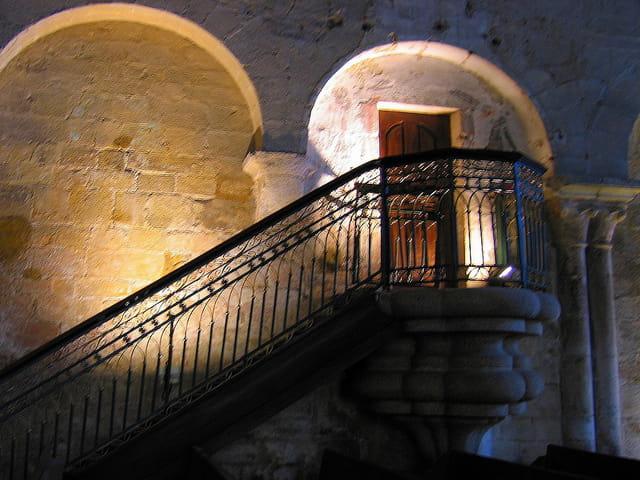 Eglise Saint Sauveur (16) La Chaire