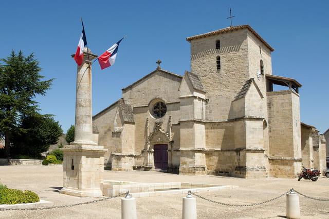 Eglise Sainte Trinité à Coulon