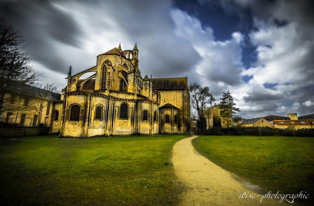 église st jean de Montierneuf (poitiers)