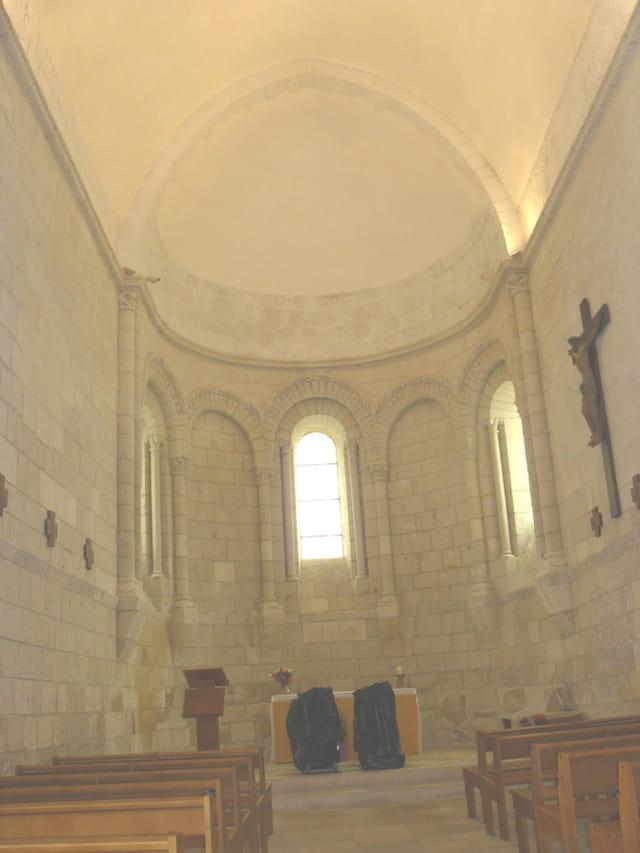 Eglise Ste radegonde de Talmont (17)