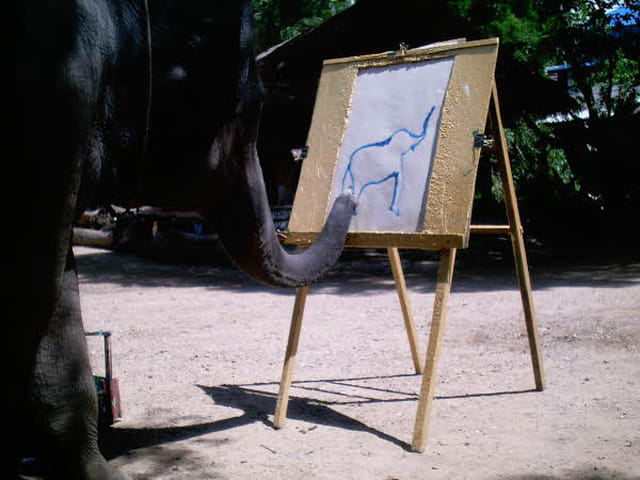 �léphant peintre