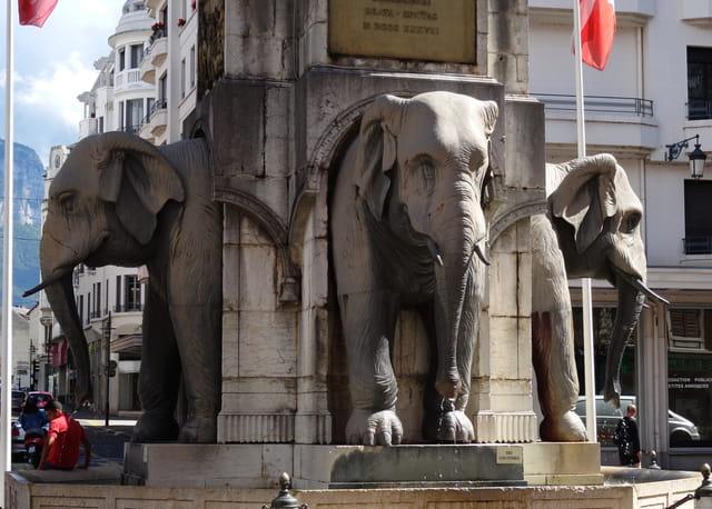 Eléphants de Chambéry : il en manque un....
