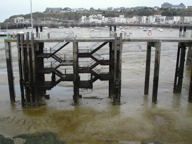 Embarcadère pour Chausey en grande marée