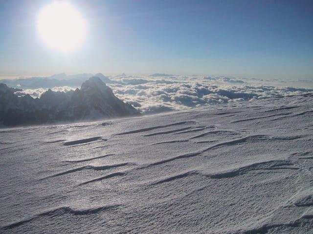 En montant au Mont-Blanc