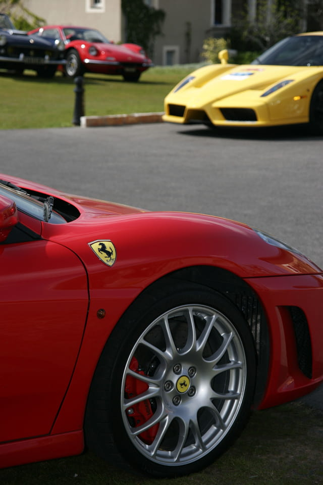 En rouge et jaune