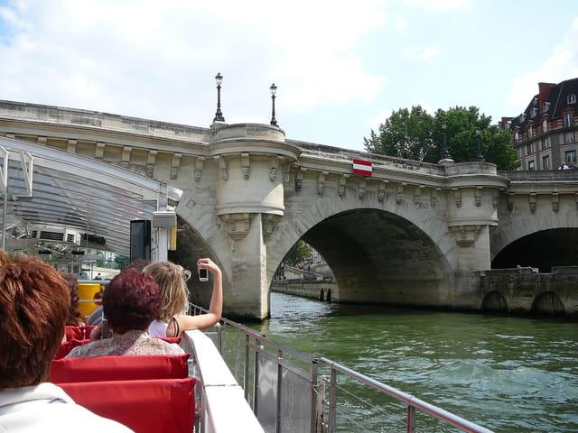 En route pour une petite croisièe sur la Seine à Paris 2