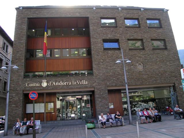En ville (29) La mairie