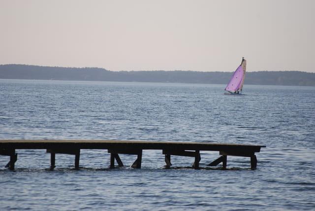 en voilier sur le lac