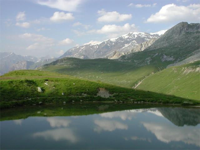 Entre lac et montagne...