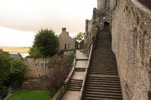 Entrée de l' abbaye du Mont Saint Michel
