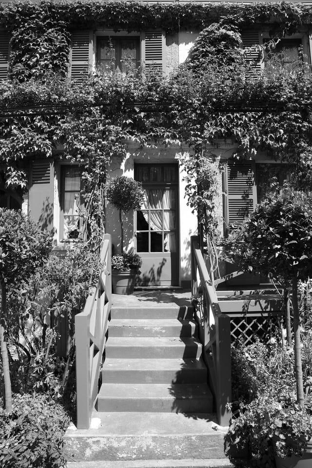 Entrée de la maison de Monet