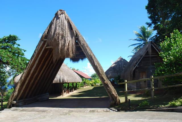 entrée du village Indien Kalinago Barana Aut'e